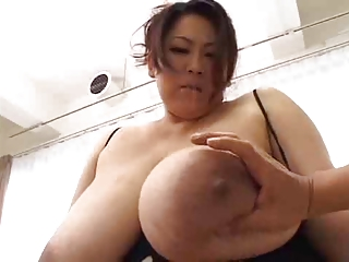 japan bbw big boobs chest busty fat asian