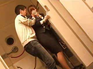 Air hotelman molested by passenger