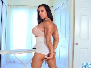 Denise Masino - Muscle Distend Video - Female Bodybuilder