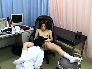 Hospital milf fucked away from alloy on high hidden cam