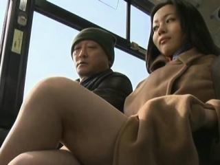 Libidinous passenger manhandles sexy honey in public