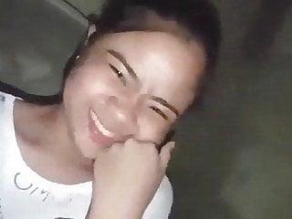 Teenage Filipino show pussy on cam