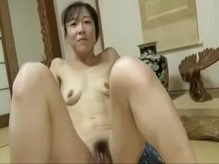 Japanese Girl Chubby Clit 1