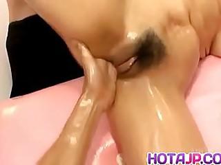 Hot japan girl Yurinao receive orgasm