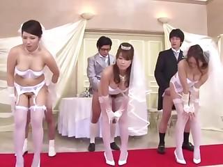 5 - Japanese Stepmom And Lassie Wedding Game