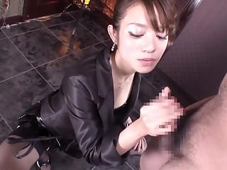 Hottest Japanese girl almost Crazy Handjob, Fetish JAV video