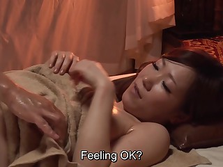 Subtitled Japanese palpate polyclinic busty woman oil treatment