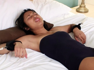Asian girlfriend gets be attached the bed