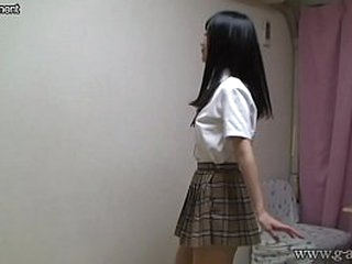 Japanese schoolgirl stripping completely uncover