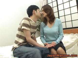 Mina Toujou sexy mother enjoys part4