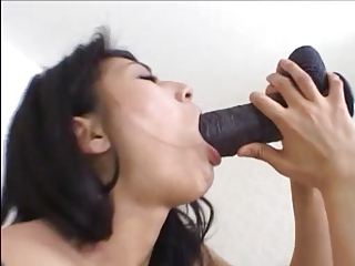 japanese cumslut beamy black dildo