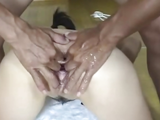 Asian Japanese Giant Pussy Fisting