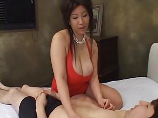 Busty japanese Seri Ishiguro gets fucked